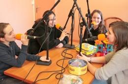 Le BEGALA Studio, la webradio du Centre Social et Culturel l'Estey – Bègles : 2015-2016